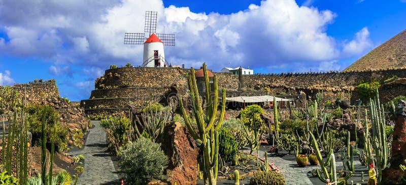 Κήπος κάκτων - δημοφιλής έλξη και ορόσημο Lanzarote, Κανάρια νησιά στοκ εικόνα με δικαίωμα ελεύθερης χρήσης