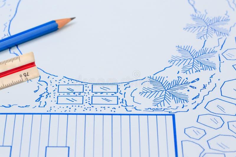 Κήπος κατωφλιών σχεδιαγραμμάτων και σχέδιο σχεδίου λιμνών στοκ φωτογραφίες με δικαίωμα ελεύθερης χρήσης