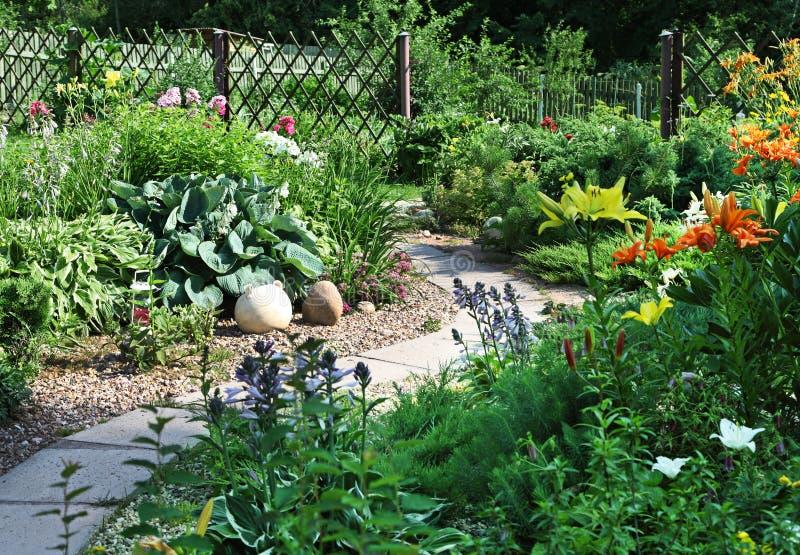 κήπος κατωφλιών στοκ εικόνες με δικαίωμα ελεύθερης χρήσης