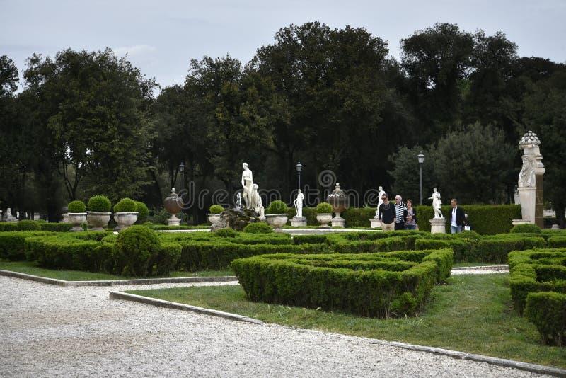 Κήπος στο Galleria Borghese Ρώμη Ital στοκ φωτογραφίες