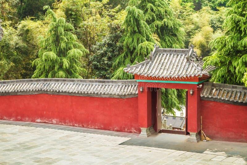 Κίνα, το μοναστήρι Wudang, κόκκινος τοίχος στοκ εικόνες με δικαίωμα ελεύθερης χρήσης
