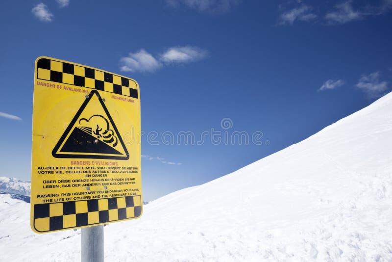 Κίνδυνος χιονοστιβάδων στοκ φωτογραφίες