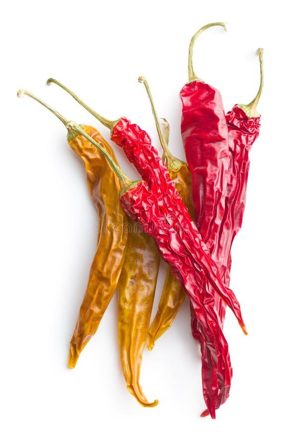 Κίτρινα και κόκκινα ξηρά πιπέρια τσίλι στοκ φωτογραφία με δικαίωμα ελεύθερης χρήσης