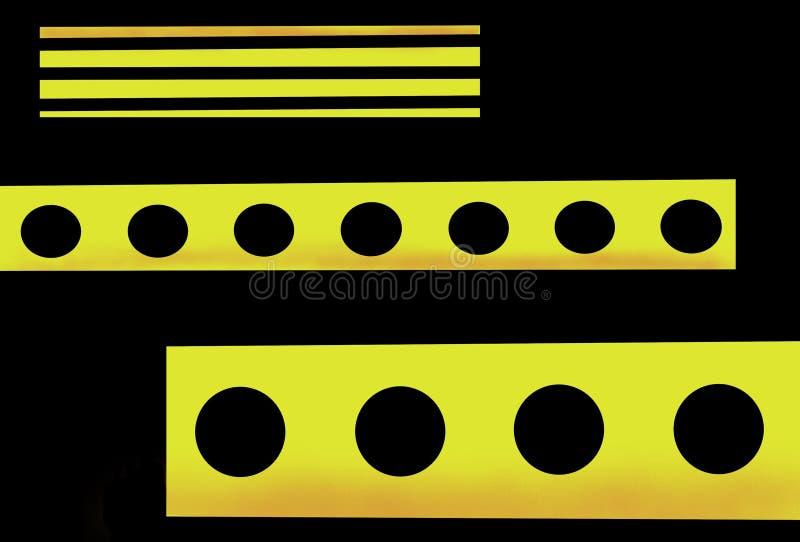 Κίτρινη αφαίρεση στο ύφος της υψηλής τεχνολογίας σε ένα μαύρο υπόβαθρο ελεύθερη απεικόνιση δικαιώματος
