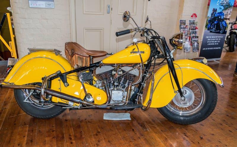 Κίτρινη ινδική μοτοσικλέτα σε Motorclassica στοκ φωτογραφίες