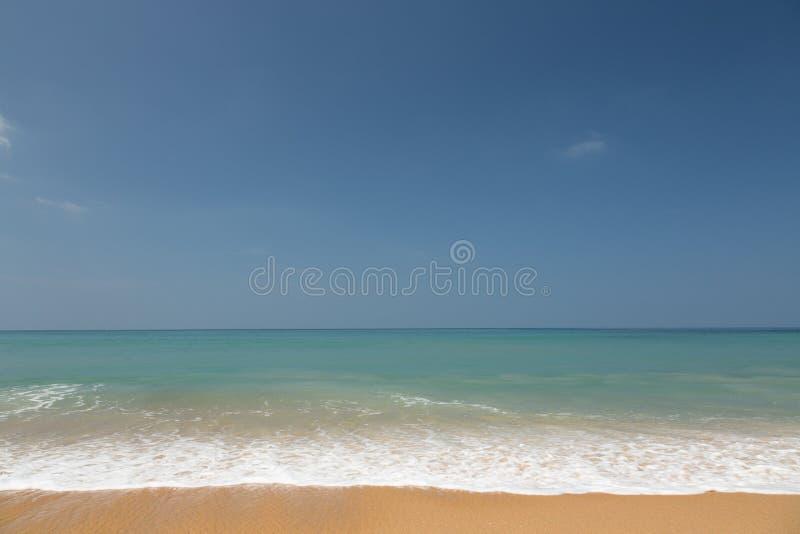 Κίτρινη παραλία άμμου στοκ φωτογραφία με δικαίωμα ελεύθερης χρήσης