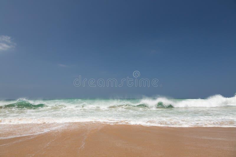 Κίτρινη παραλία άμμου στοκ φωτογραφίες με δικαίωμα ελεύθερης χρήσης