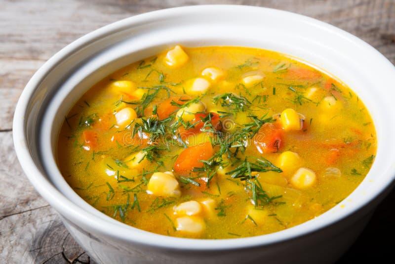 Κίτρινη σούπα καλαμποκιού στοκ φωτογραφίες