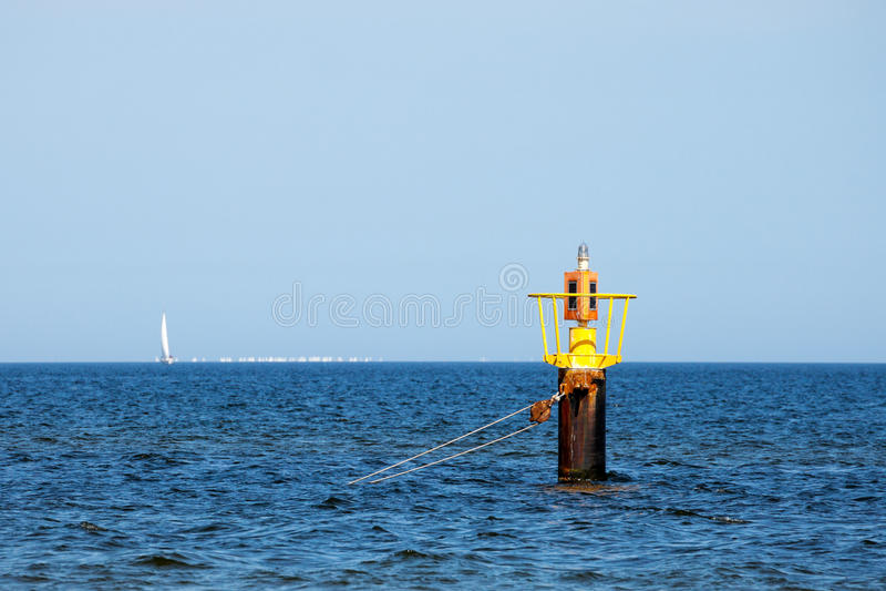 Κίτρινος σημαντήρας στοκ φωτογραφία με δικαίωμα ελεύθερης χρήσης