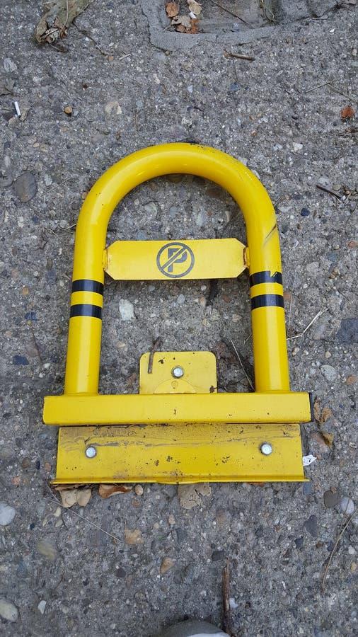 Κίτρινος χώρος στάθμευσης στοκ φωτογραφία με δικαίωμα ελεύθερης χρήσης