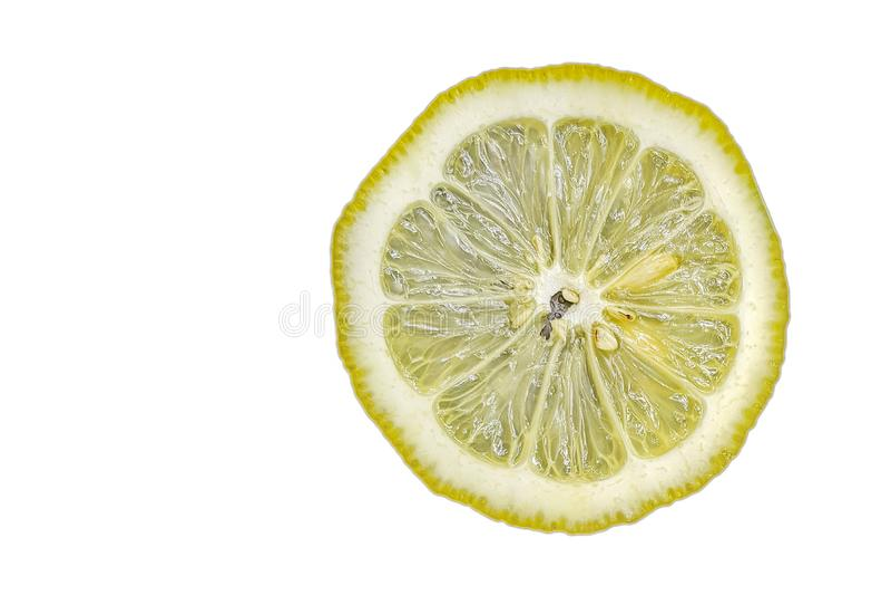 Κίτρινο λεμόνι φετών στο άσπρο υπόβαθρο στοκ φωτογραφίες με δικαίωμα ελεύθερης χρήσης