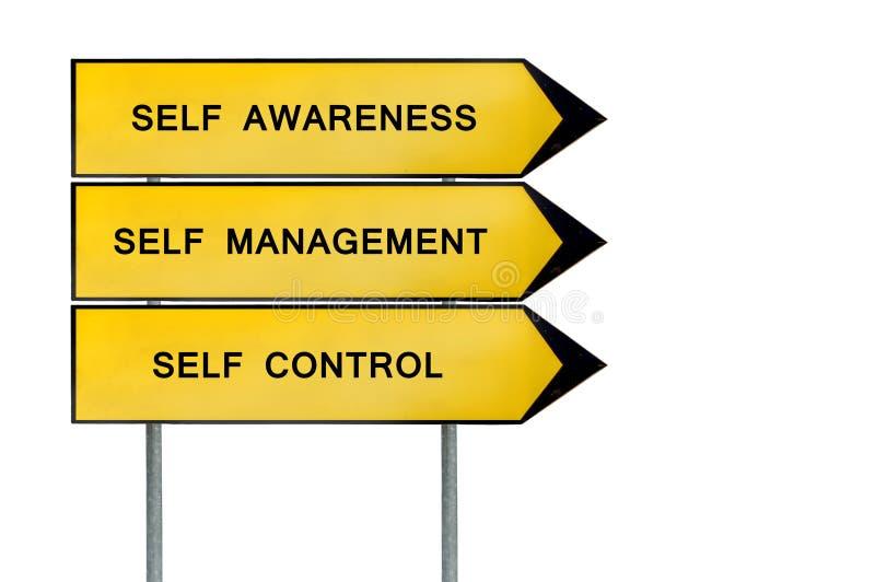 Κίτρινο μόνο διοικητικό σημάδι έννοιας οδών ελεύθερη απεικόνιση δικαιώματος