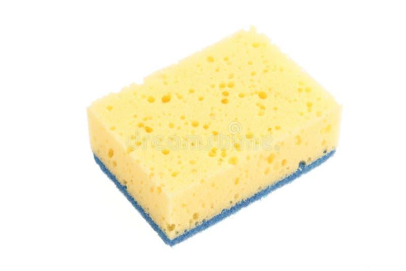 Κίτρινο σφουγγάρι για την κουζίνα που απομονώνεται στο άσπρο υπόβαθρο στοκ φωτογραφία με δικαίωμα ελεύθερης χρήσης