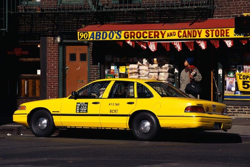 Κίτρινο ταξί στο Greenwich Village στοκ φωτογραφία με δικαίωμα ελεύθερης χρήσης