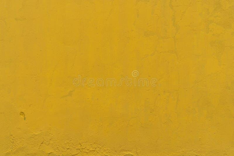 Κίτρινο τραχύ υπόβαθρο σύστασης συμπαγών τοίχων Κίτρινο εκλεκτής ποιότητας αφηρημένο υπόβαθρο τσιμέντου Κενό διάστημα τοίχων για  στοκ φωτογραφία με δικαίωμα ελεύθερης χρήσης