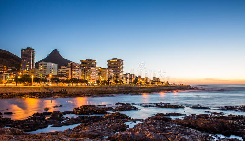 Καίηπ Τάουν τη νύχτα, Νότια Αφρική στοκ φωτογραφίες με δικαίωμα ελεύθερης χρήσης