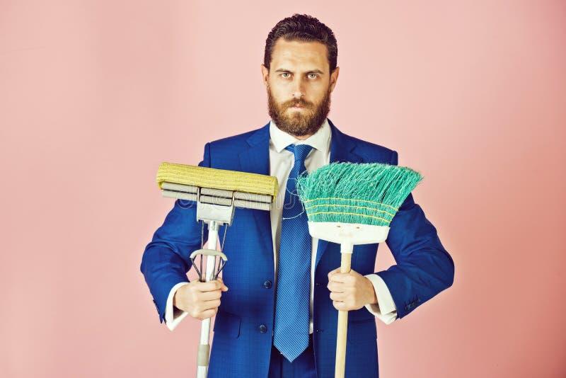 Καθαρή επιχείρηση, που καθαρίζει και που πλένει, αναζήτηση εργασίας, παρουσίαση και επιτυχία στοκ εικόνες