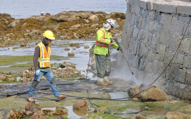 Καθαρίζοντας Βανκούβερ ` s Seawall στοκ φωτογραφίες με δικαίωμα ελεύθερης χρήσης