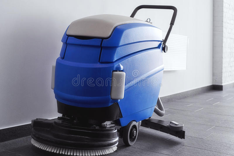 Καθαρίζοντας μηχανή πατωμάτων στοκ φωτογραφίες με δικαίωμα ελεύθερης χρήσης