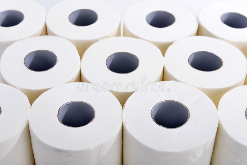 καθαρίζοντας τουαλέτα προϊόντων εγγράφου βασικής υγιεινής στοκ φωτογραφίες