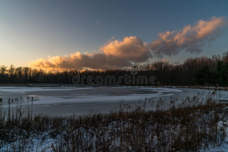 Καθαρίστε και κρύα χειμερινή ημέρα στοκ εικόνα με δικαίωμα ελεύθερης χρήσης