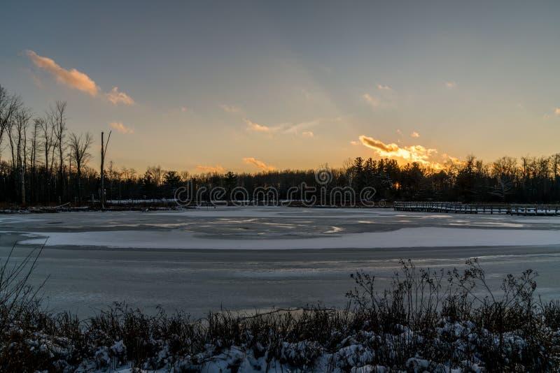 Καθαρίστε και κρύα χειμερινή ημέρα στοκ φωτογραφίες με δικαίωμα ελεύθερης χρήσης