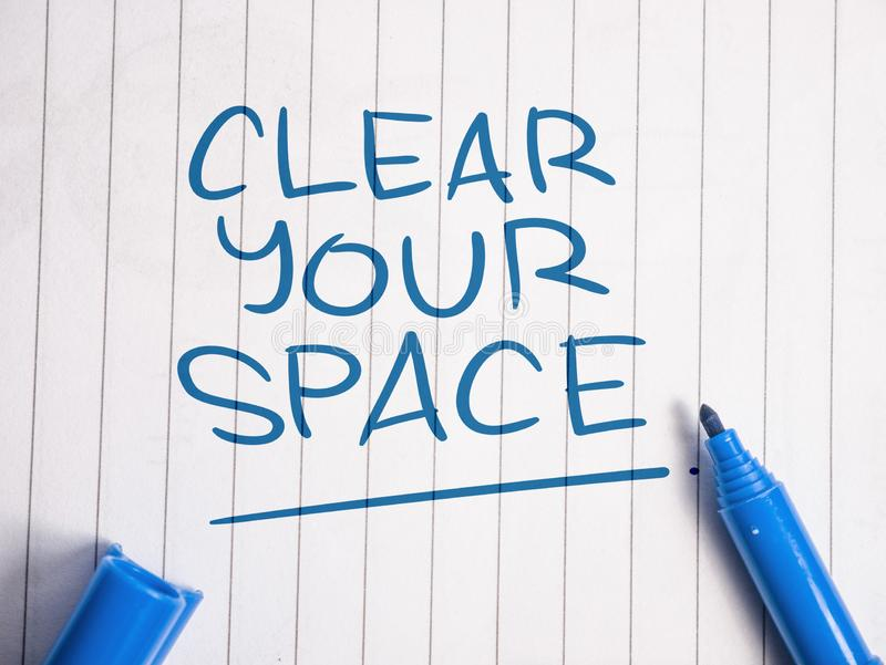 Καθαρίστε τη διαστημική, κινητήρια έννοια αποσπασμάτων λέξεών σας στοκ φωτογραφίες