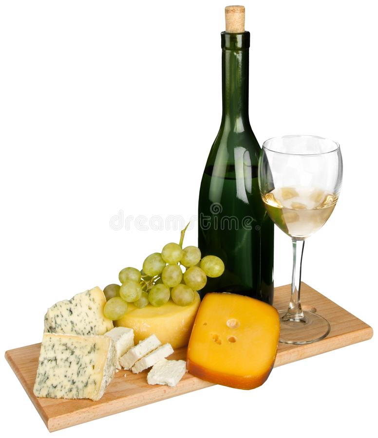 Καθαρισμένη ακόμα ζωή του κρασιού, του τυριού και των σταφυλιών επάνω στοκ φωτογραφία