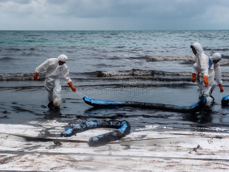 Καθαρισμός πετρελαίου, Rayong, Ταϊλάνδη 4 στοκ εικόνες
