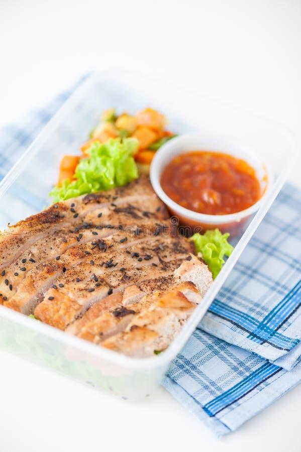 Καθαρό καλαθάκι με φαγητό τροφίμων στοκ εικόνες με δικαίωμα ελεύθερης χρήσης