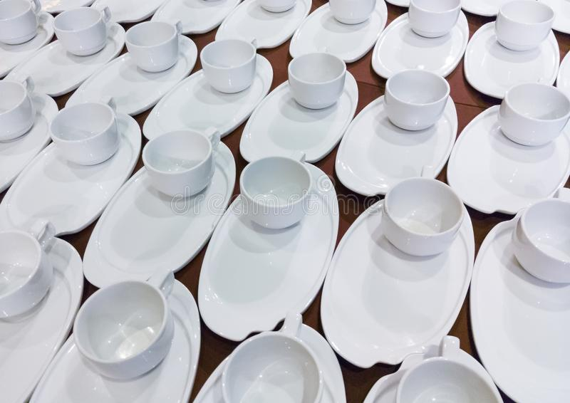 Καθαρό σύνολο καφέ πορσελάνης στοκ εικόνες
