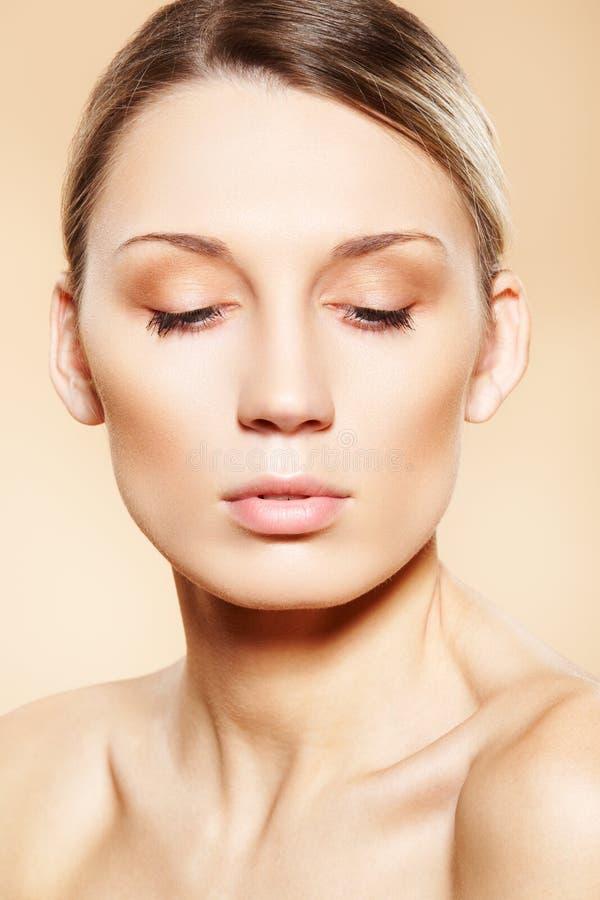 καθαρό face skin spa wellness προσοχής ομο& στοκ εικόνα