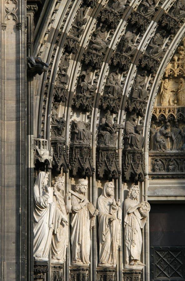 Download καθεδρικός ναός Κολωνία στοκ εικόνες. εικόνα από πύλη, γλυπτό - 378242