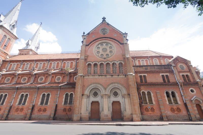 Καθεδρικός ναός της Notre-Dame Saigon στη πόλη Χο Τσι Μινχ, Βιετνάμ στοκ εικόνες