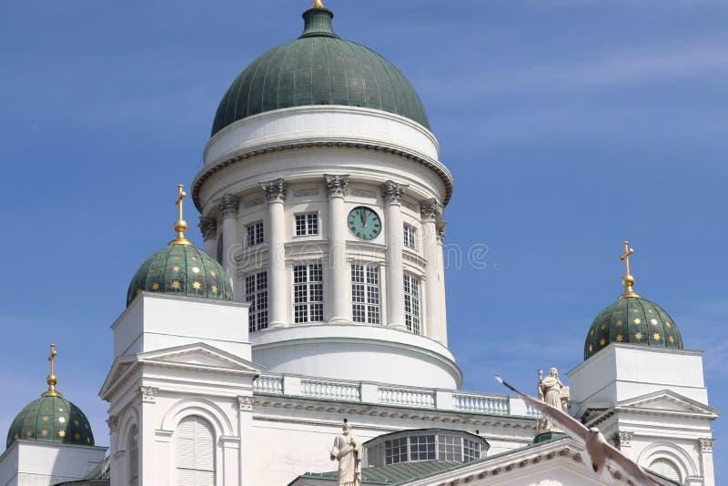 Καθεδρικός ναός του Ελσίνκι στη Φινλανδία στις διακοπές στοκ φωτογραφίες