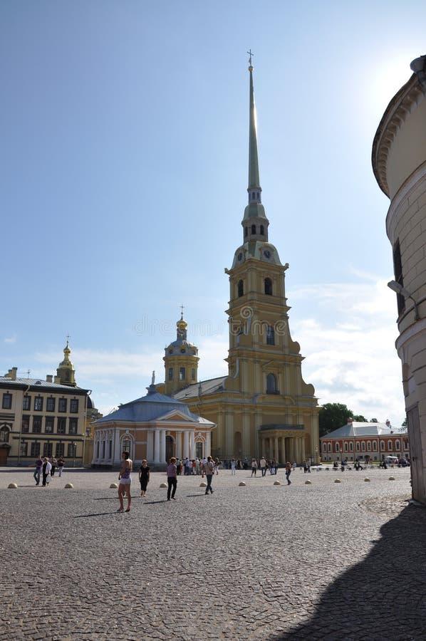 Καθεδρικός ναός χάριν των αποστόλων Pyotr και Pavel Αγίου του Peter και του φρουρίου του Paul στοκ φωτογραφίες