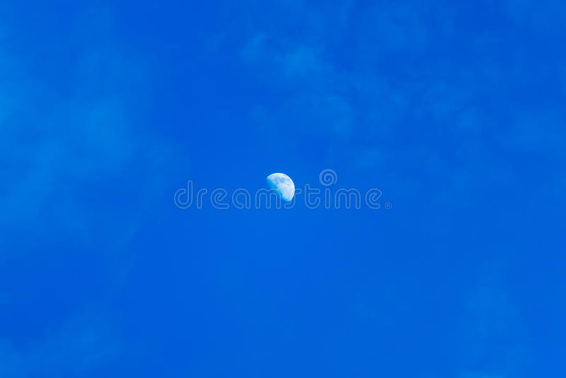 Καθημερινό φεγγάρι στοκ φωτογραφία