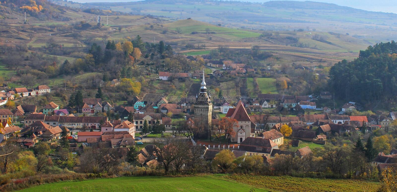 Καθολική εκκλησία στη Ρουμανία στοκ φωτογραφία με δικαίωμα ελεύθερης χρήσης