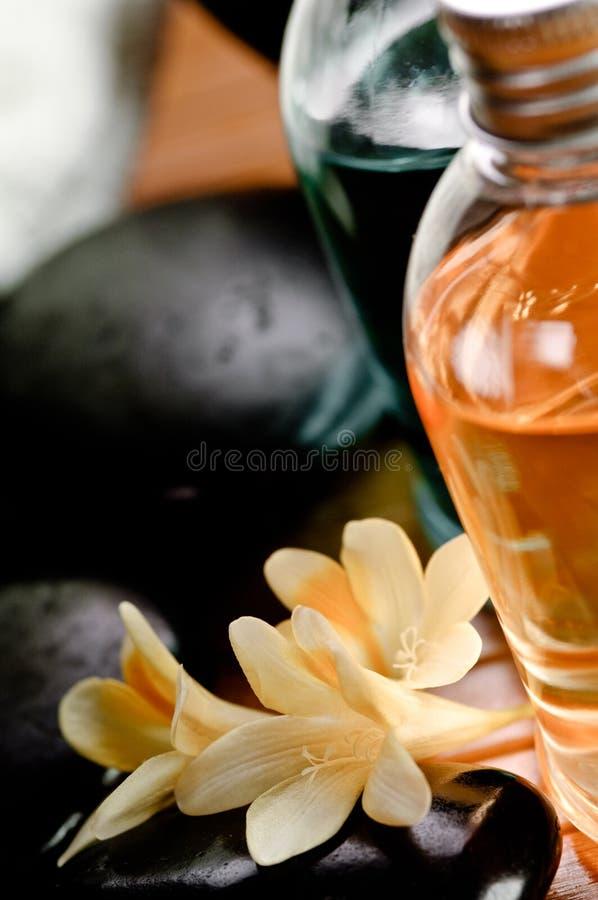 Download καθορισμένη SPA στοκ εικόνα. εικόνα από λουλούδι, μασάζ - 13186197