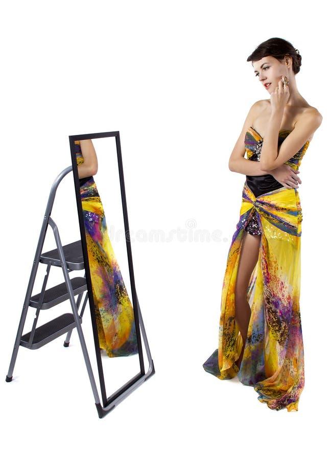 Καθρέφτης δωματίων συναρμολογήσεων στοκ εικόνες