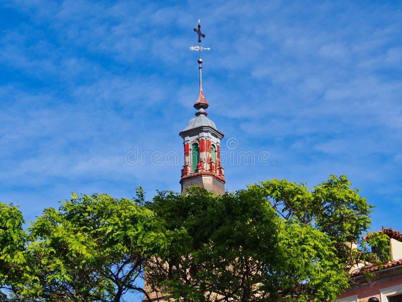 Καιρικό Vane στο μικρό πύργο, Segovia, Ισπανία στοκ εικόνες
