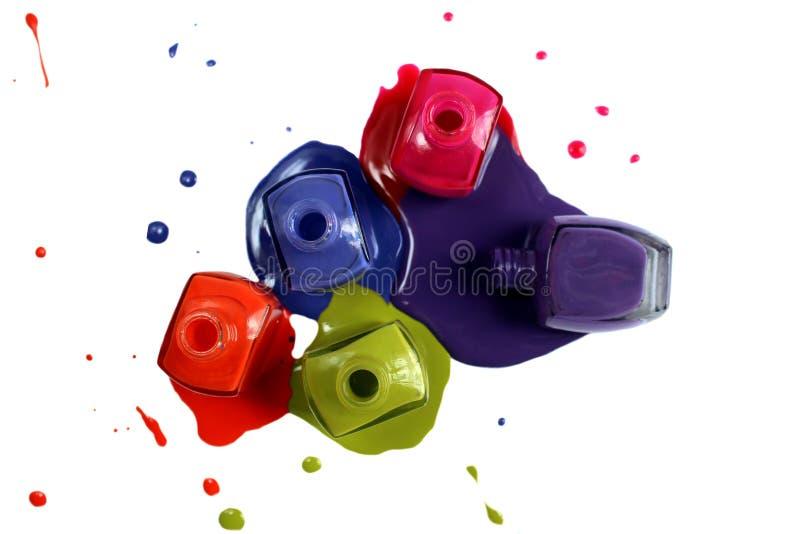 Και ανοικτή στιλβωτική ουσία καρφιών των διαφορετικών φωτεινών χρωμάτων στοκ εικόνες