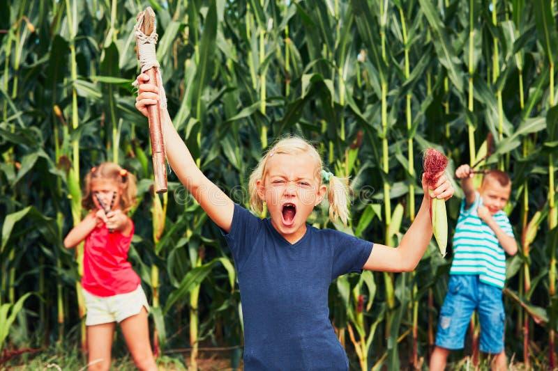 Κακά κορίτσια και αγόρι στοκ φωτογραφία με δικαίωμα ελεύθερης χρήσης