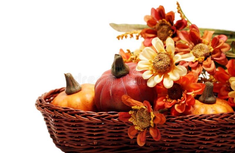 καλάθι φθινοπώρου στοκ εικόνες