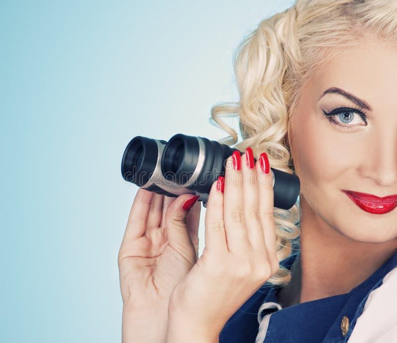 καλή αναδρομική γυναίκα π& στοκ εικόνα με δικαίωμα ελεύθερης χρήσης