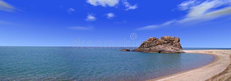 καλαβρέζα θάλασσα βράχο&ups στοκ φωτογραφίες
