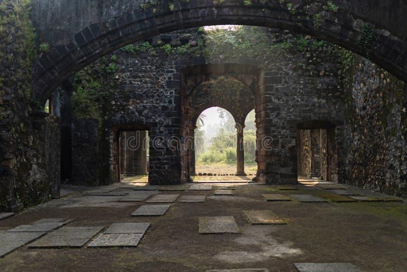 Καλημέρα στο οχυρό Βασάι, Βασάι, Θάνε, Μαχαράστρα, Ινδία στοκ φωτογραφία
