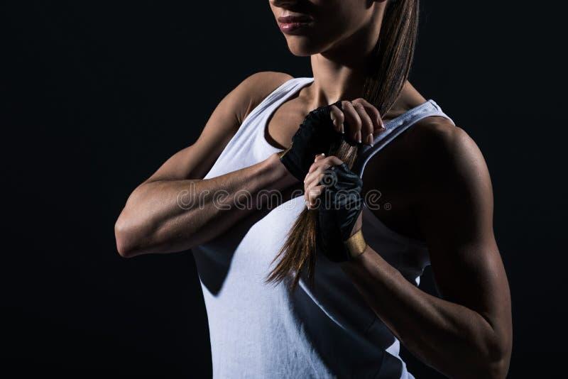 καλλιεργημένη άποψη της μυϊκής τοποθέτησης φιλάθλων sportswear στοκ φωτογραφία με δικαίωμα ελεύθερης χρήσης