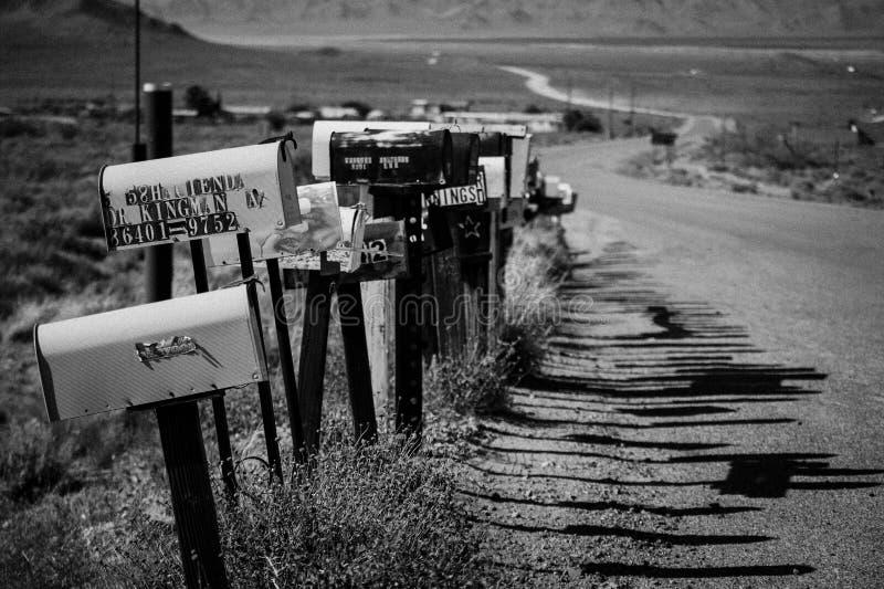 Καλλιτεχνική γραπτή εικόνα με τις ταχυδρομικές θυρίδες από τη ΔΙΑΔΡΟΜΗ 66 - δρόμος μητέρων στοκ φωτογραφίες με δικαίωμα ελεύθερης χρήσης