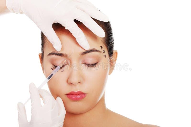 Καλλυντική έγχυση botox στο θηλυκό πρόσωπο στοκ φωτογραφίες με δικαίωμα ελεύθερης χρήσης